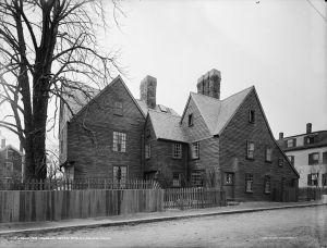 HouseSeven_GablesLARGE_(1915)