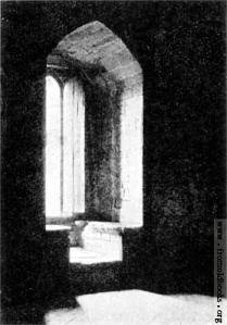 ScottishWindowStokesay-Castle-Window-in-South-Tower-q75-349x500